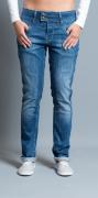 Zi-zo_jeans_spijkerbroek_Nederlands_merk_mid-rise_Montreal_wassing-vintage_foryourpantsonly